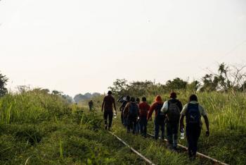 Migrantes adolescentes continúan llegando a Estados Unidos