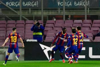 Dembélé se convierte en el héroe del Barcelona; los culés a un punto del Atlético