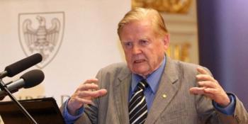Muere a los 88 años, Robert Mundell, Premio Nobel de Economía y