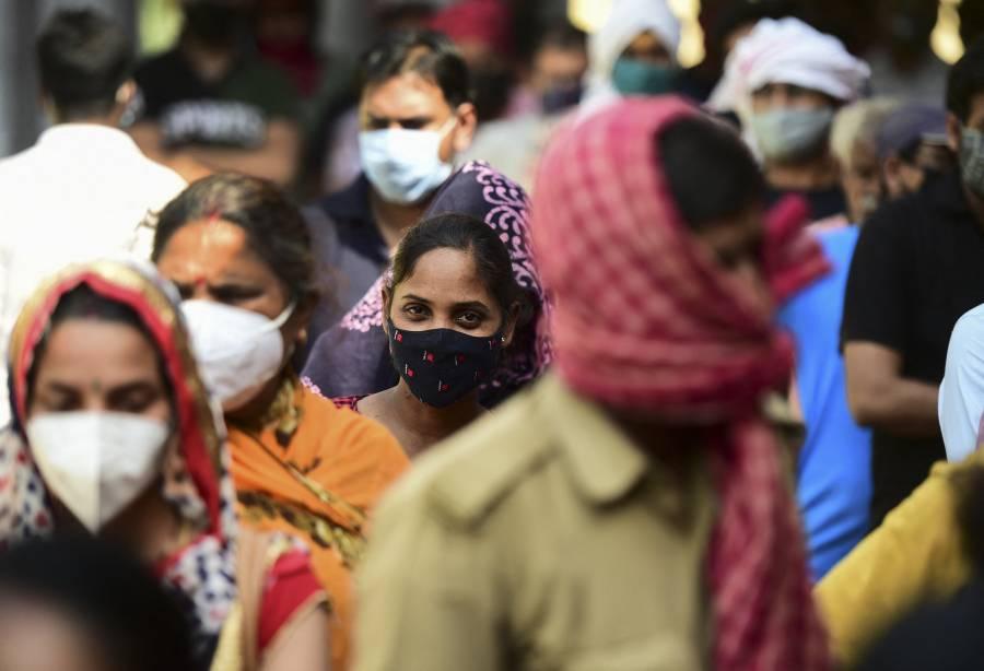India, en tiempo récord, aplica 4.3 millones de dosis contra el COVID-19