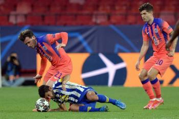 """Error del """"Tecatito"""" Corona condena al Porto y pone al Chelsea con un pie en semifinales"""
