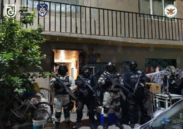 Realizan cateos y detienen a diez personas en tres alcaldías de la CDMX
