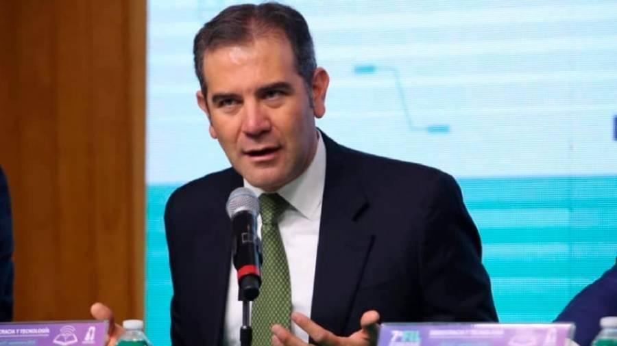 Lorenzo Córdova: No son buenos tiempos para la democracia