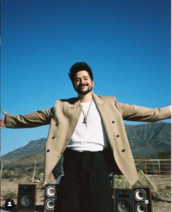 Ofrece Camilo un concierto de gran altura, desde el WTC