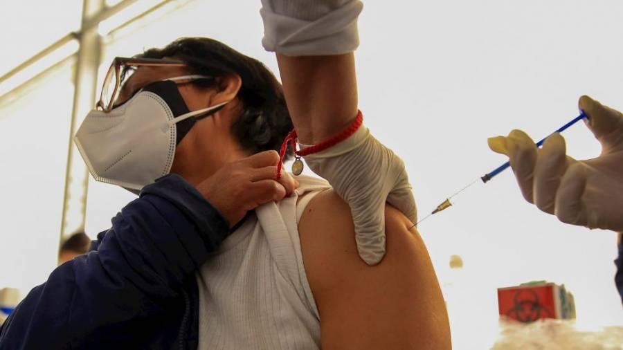 Al ritmo actual de vacunación, México alcanzaría inmunidad de rebaño en 16 meses: TResearch