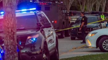 Un muerto y dos heridos de gravedad deja tiroteo en Florida, EE. UU.