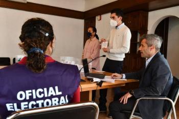 Define IECM, calendario y horarios para debates entre candidatos