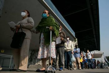 GobCDMX prepara vacunación contra COVID-19 en adultos mayores presos y personas en situación de calle