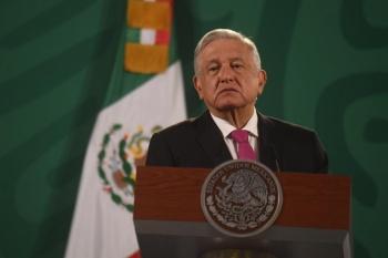 Luchar contra fraude electoral de manera pacífica, recomienda López Obrador