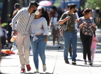 ¡Besucones! En pandemia, mexicanos besan más a amantes que a su pareja