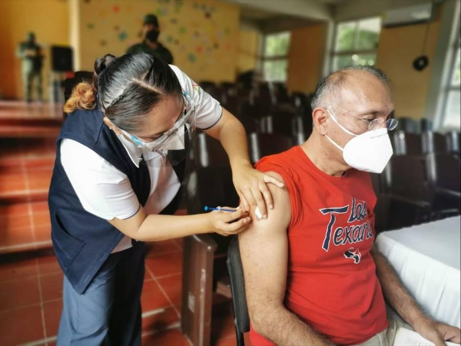 Definen SEP, IMSS y Salud proceso de vacunación para personal educativo de escuelas públicas y particulares