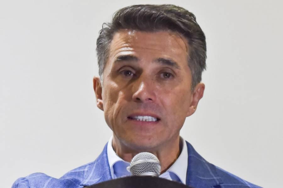 Sergio Mayer pide respetar decisión del INE sobre caso Salgado Macedonio