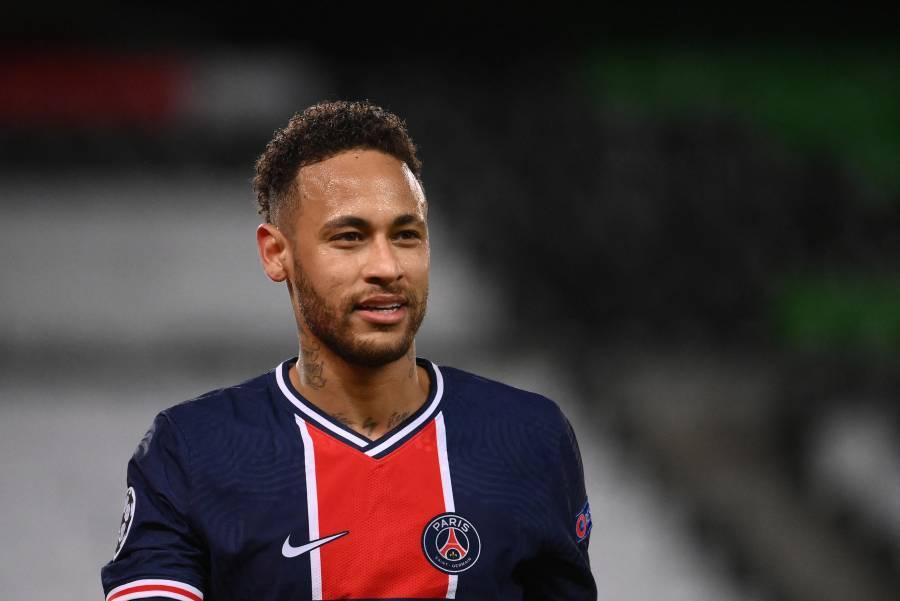 Neymar asegura que se queda en el PSG
