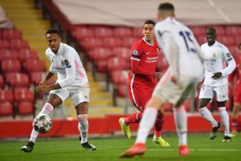 Real Madrid resiste los embates del Liverpool y se mete a semifinales de la Champions