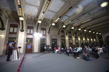 López Obrador analiza renovar Consejo del INE a través de reforma