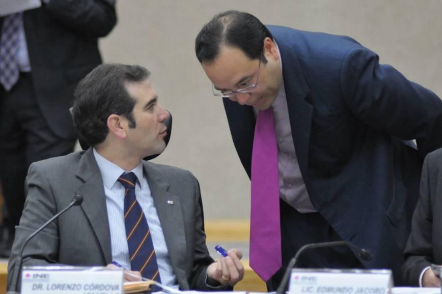 Por ataques a democracia, libertad de sufragio y usurpación de atribuciones, Morena apoyará juicio político a consejeros