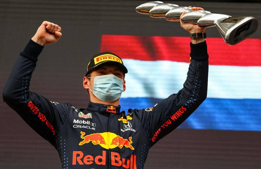 """Triunfo para Verstappen en el GP de Imola; """"Checo"""" fuera de la zona de puntos"""