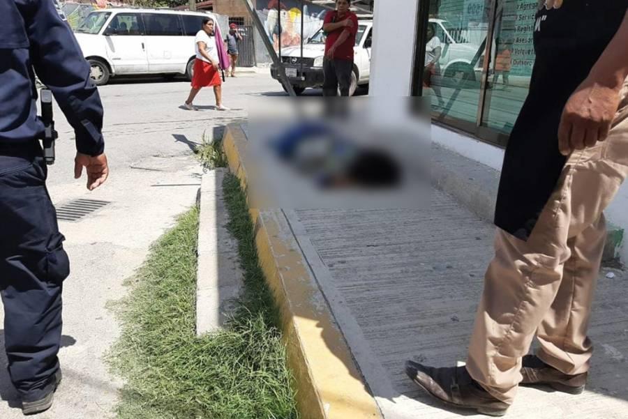Ejecutan a una mujer en Tulum; hay 2 heridos