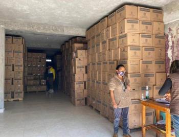 Por falta de medidas sanitarias, clausuran bodega en Metepec donde se repartían despensas