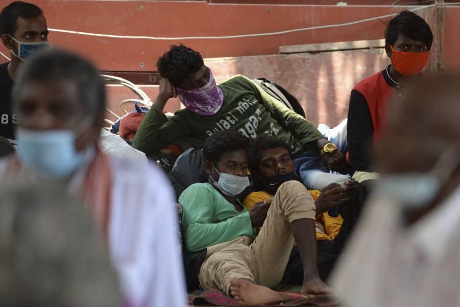 India supera los 15 millones de casos de COVID-19