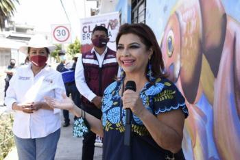 Compromete Clara Brugada mitigación de grietas en calles de Iztapalapa