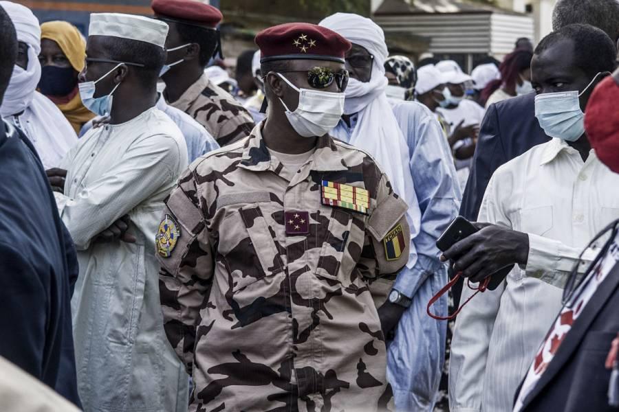 Presidente de Chad muere por heridas sufridas en combate contra rebeldes