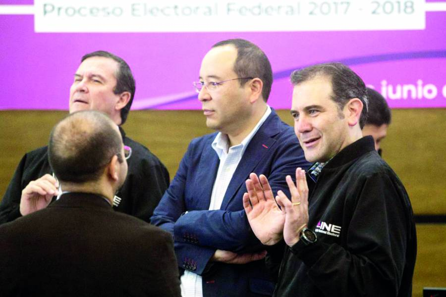 Noroña quiere a Córdova y Murayama fuera del INE antes de contienda electoral