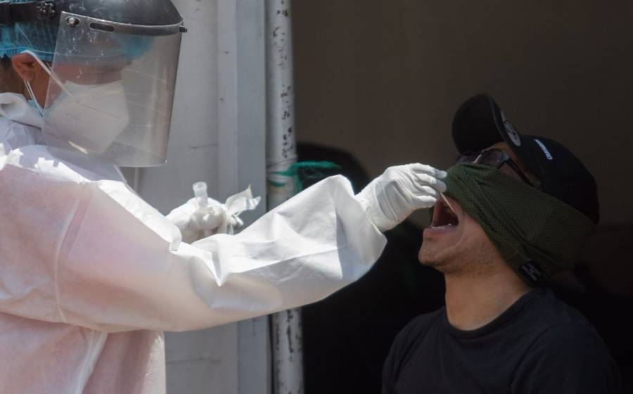 México reporta 2 millones 504 mil 706 casos estimados de COVID-19 y 213 mil 597 fallecidos