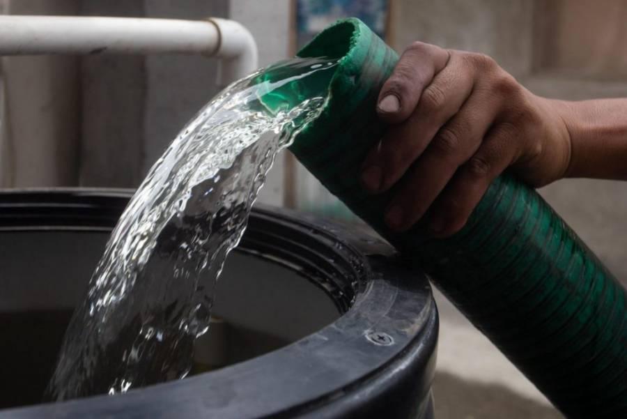 En 72 colonias de Iztapalapa, el GobCDMX perdonará 6 años de deuda de agua
