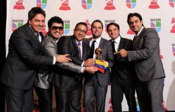 Voz Veis comparte con sus fans toda su discografía en plataformas digitales