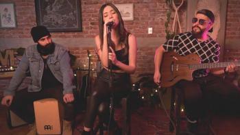 """Marylí Morett lanza versión acústica de """"Me voy con él"""""""