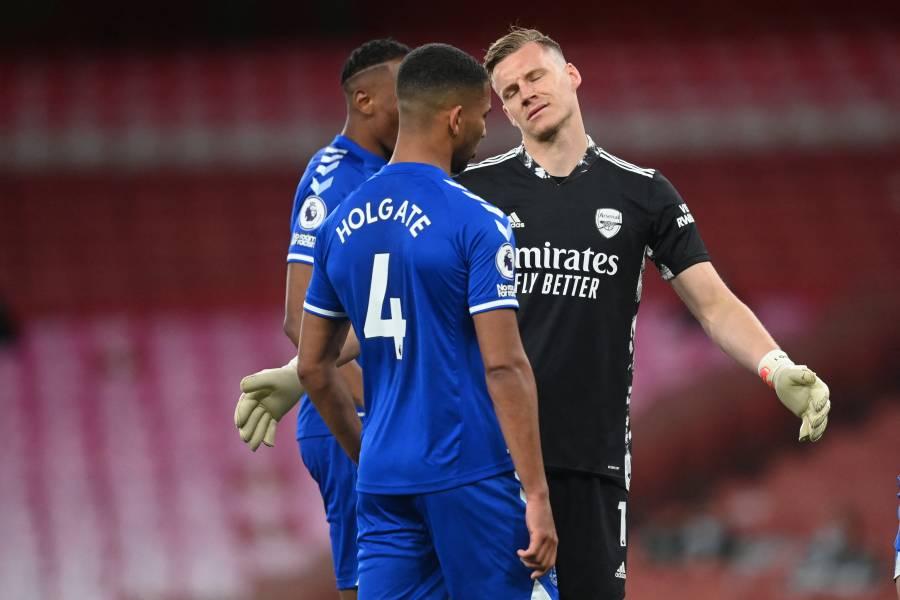 Everton condena al Arsenal y se acerca a puestos de Champions League