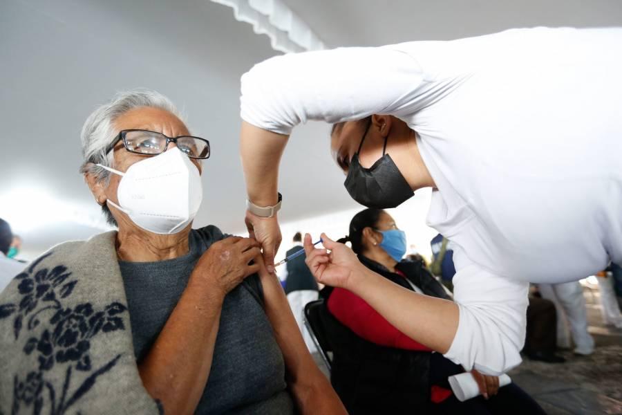 Segunda dosis contra COVID-19 podría aplicarse la próxima semana en Iztapalapa, Tlalpan y GAM