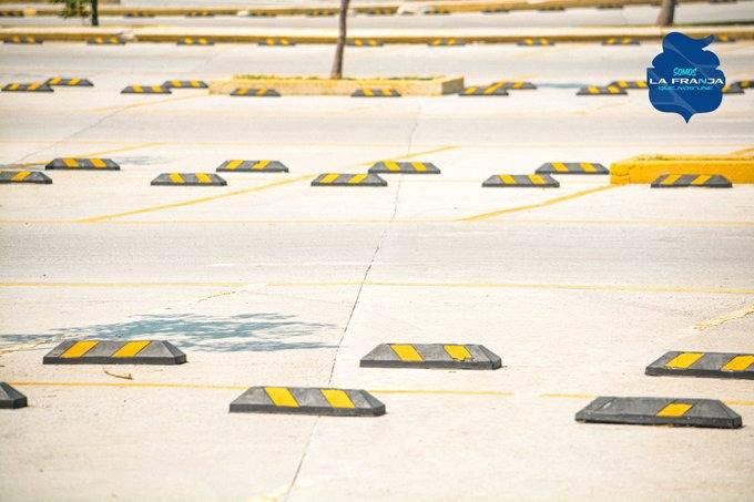 La Franja advierte a aficionados poblanos sobre topes ubicados en estacionamiento del Estadio Cuauhtémoc