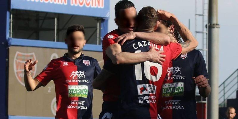 Acusan a cinco futbolistas de equipo italiano de violar a una joven de 20 años