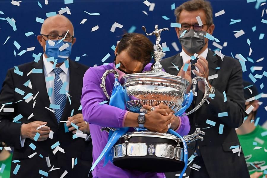 Rafael Nadal gana a Stefanos Tsitsipas y conquista su título 12 en Barcelona
