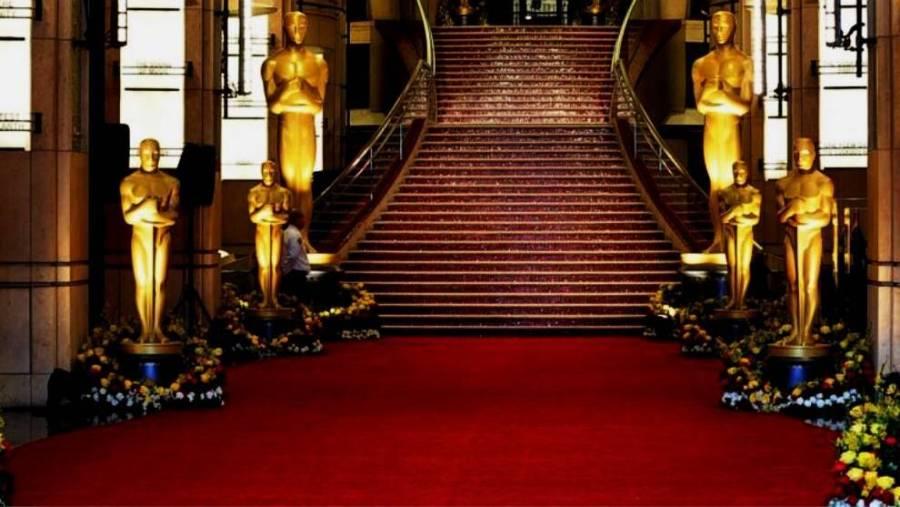 Los mejores looks de la alfombra roja de los Oscar 2021