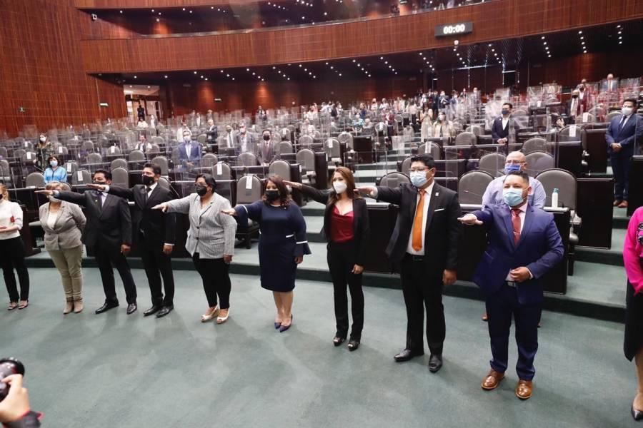 Rinden protesta 8 nuevos Diputados Federales