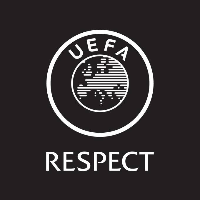 En redes sociales, la UEFA también se manifiesta contra los abusos en línea