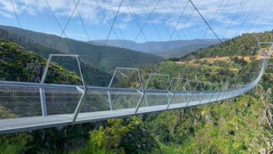 Se inaugura en Portugal el puente peatonal más largo del mundo