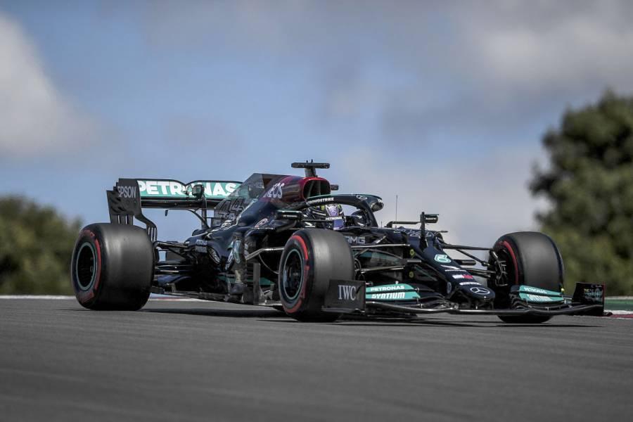 Lewis Hamilton, ¡al fin el primero en unos entrenamientos libres este año!