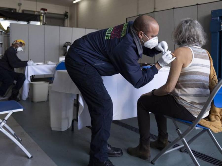 En EEUU 100 millones de personas están completamente vacunadas contra el covid