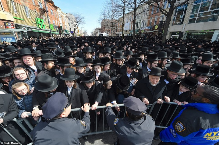 Israel reanuda los funerales de las víctimas de la estampida