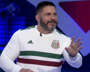 David Páramo grave, pero estable, reporta Ciro Gómez Leyva