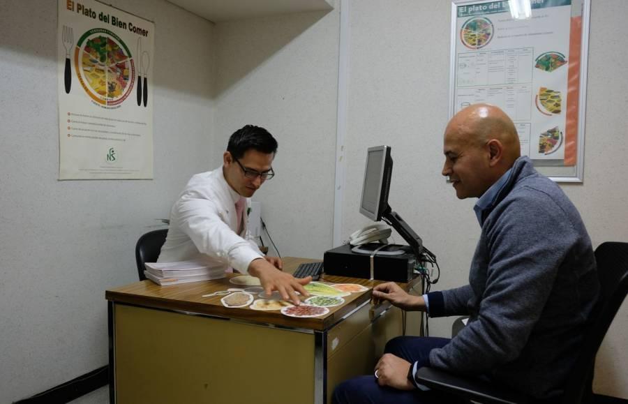 Firma IMSS convenio para evitar fraudes y sobre endeudamiento de trabajadores y pensionados