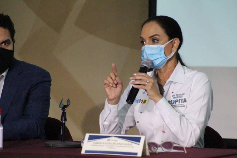 Lupita Jones se opone a la expropiación del Club Campestre en BC