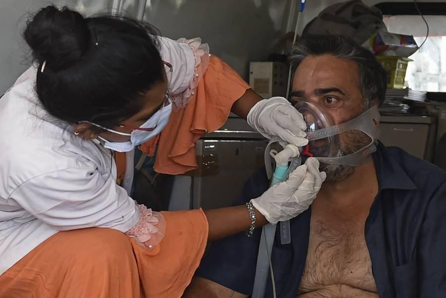 India investiga muertes por COVID-19, ligadas a falta de oxígeno
