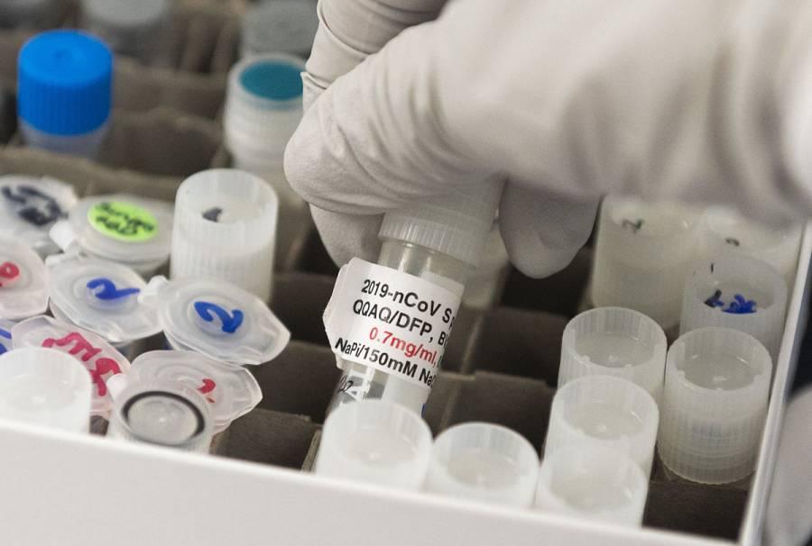 Novavax inicia pruebas de vacuna contra COVID-19 en adolescentes