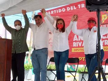 Angélica Rivadeneyra cuenta con la preparación política para representar a Naucalpan: Fernández Noroña