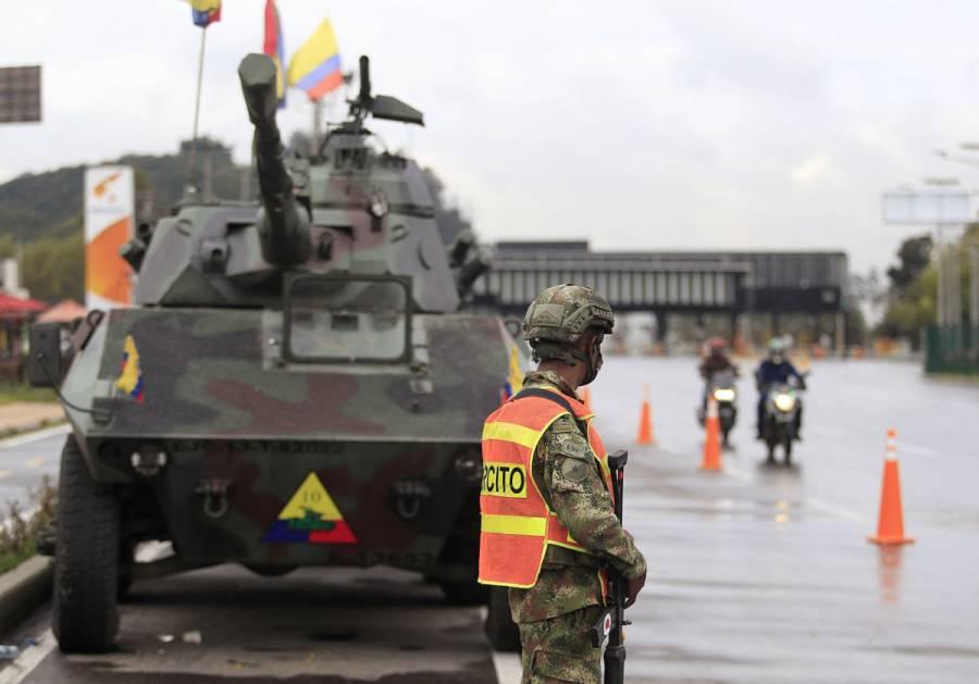 Militarización en calles de Colombia atiza el malestar de las protestas